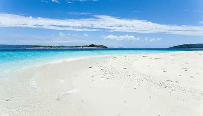 White Beach, Okinawa, Jepang