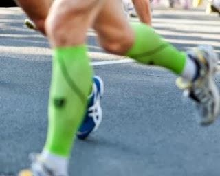Meias elásticas de compressão para corrida: funciona ou não?