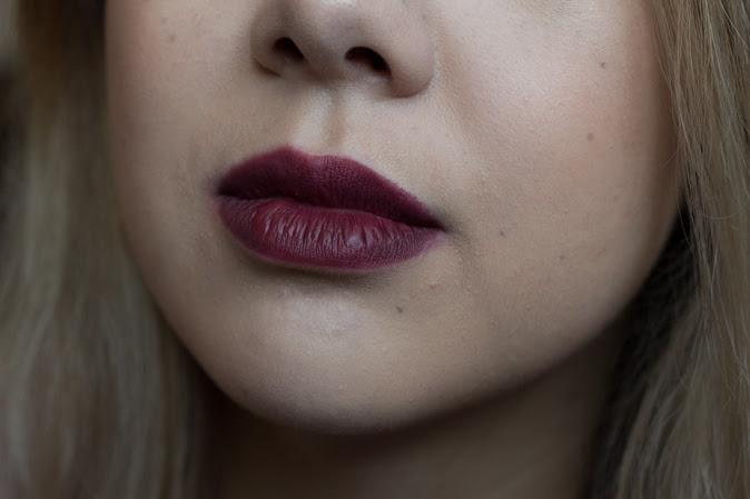 Buxom Plumpline Lip Liner in Mystery Swatch