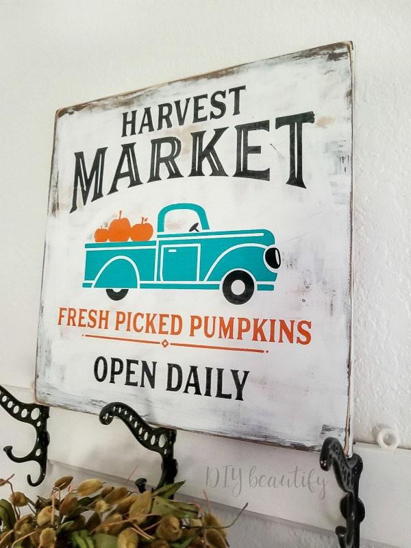 Fall DIY sign made to look old