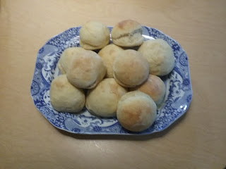 Sally Lunn buns, based on 1856 recipe in Miss Beecher's Domestic Receipt Book