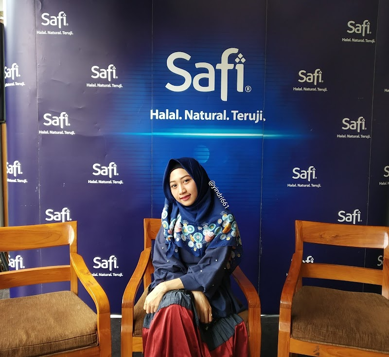 REVIEW FIRST IMPRESSION SAFI ANTI ACNE & OIL CONTROL (FACIAL CLEANSER)