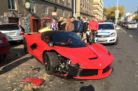 2015 la ferrari crash hungary