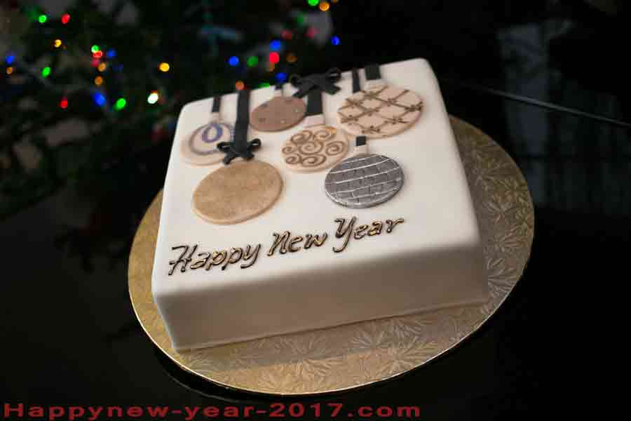New Year Cake Images 2018 : Happy New Year 2018 Cake Best New Year s Day cakes ...