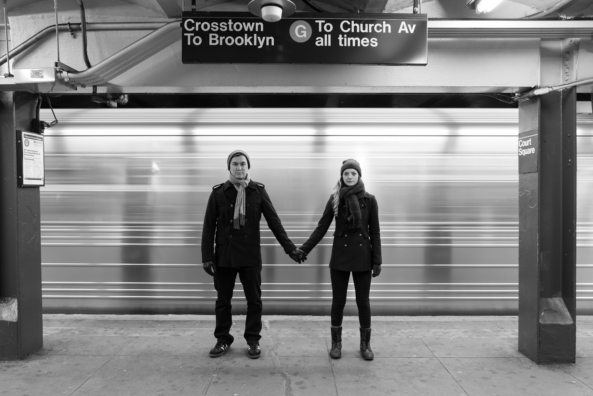 NYC, photography, couple, engagements, subway, black and white, poses, new york, brooklyn, winter, city. slow shutter, moving subway