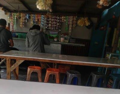 Warung Pak Ran Tempat Ngopi Dengan Desain Dari Bambu Ngopi Surabaya