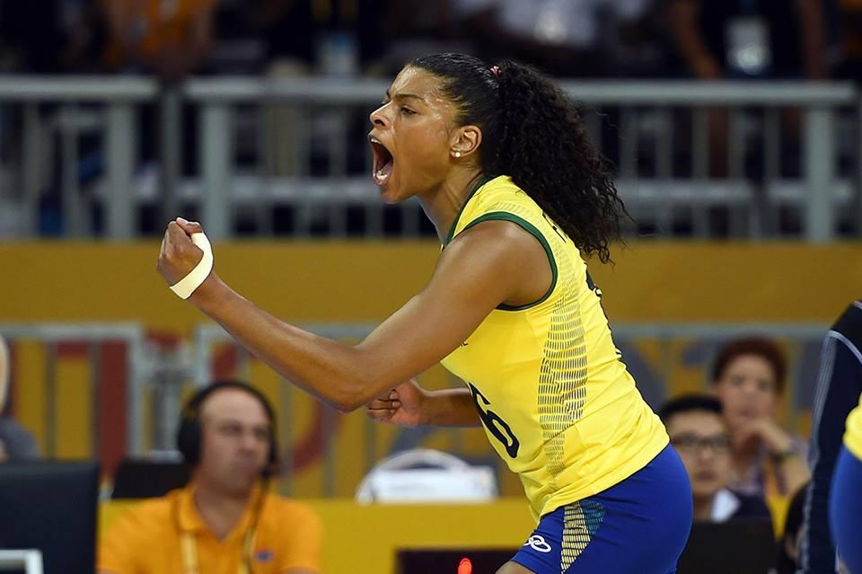 Fernanda Garay comemora retorno à seleção de vôlei: Meu