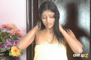 Vinutha Lal Hot Stills in Aggi Ravva Movie - Indian Movies ...