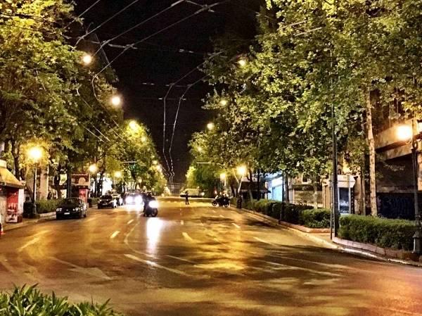 Αποκλεισμένο παραμένει το κέντρο της Αθήνας