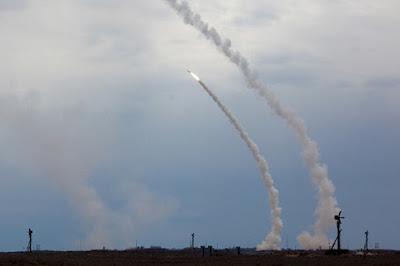 Angkatan Udara Rusia Berhasil Uji tembak Rudal Balistik Jarak Pendek (ABM)