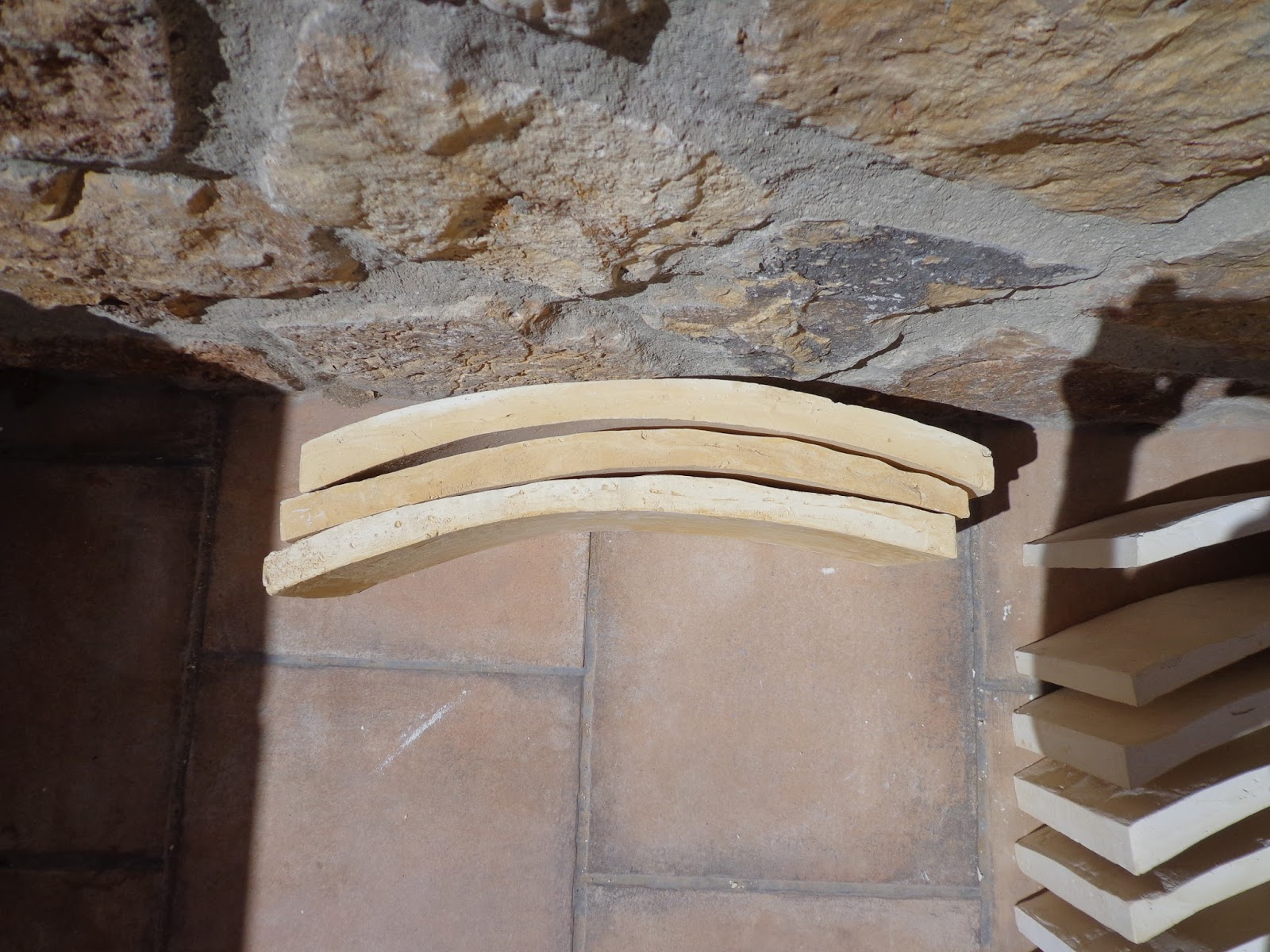 Encalarte aplicaciones decorativas realizaci n de for Falso techo rustico