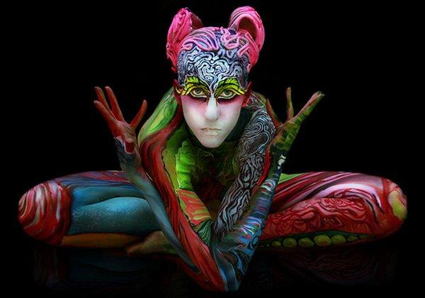 seni melukis tubuh atau body painting atau cat tubuh paling keren kreatif unik lucu dan menakjubkan-7