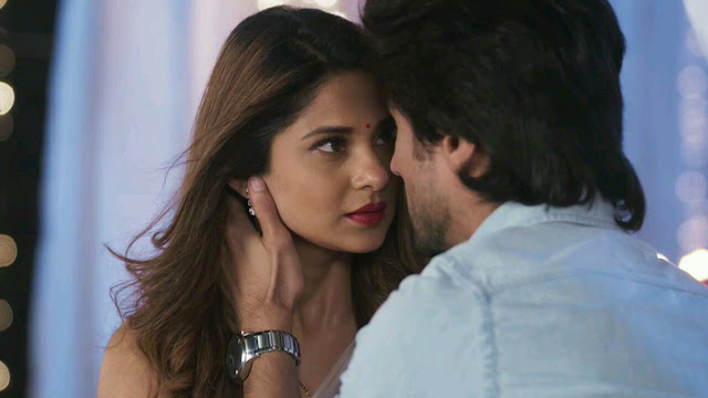 Bepannah Update : Zoya makes blackmailer confused