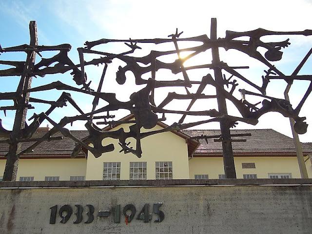 Entrada do campo de concentração de Dachau