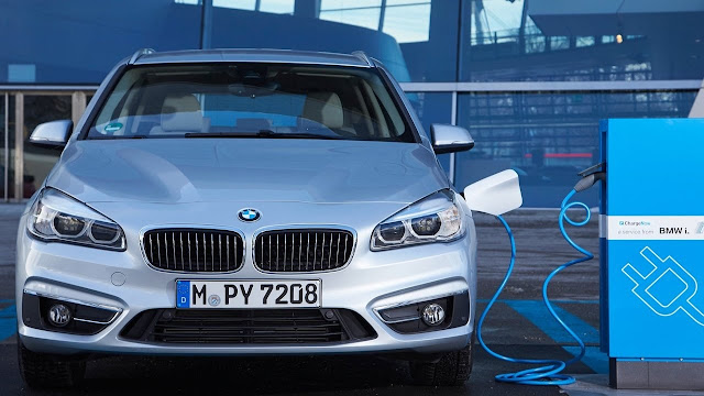 2016 BMW 225xe Active Tourer