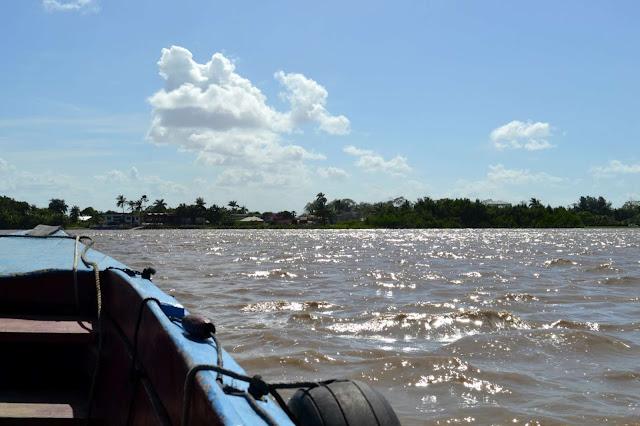 Suriname, Dauphin, village, Paramaribo