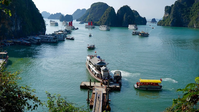 HA LONG BAY - Natural Stone Wonder is Built Between Heaven 5
