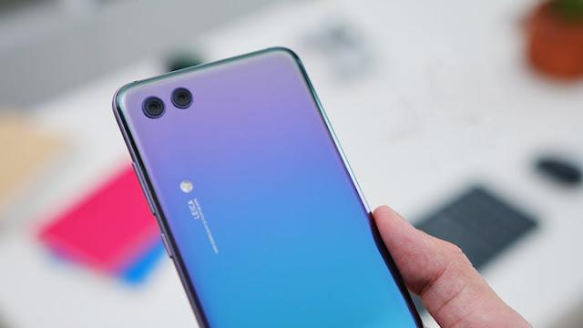 كل ما تود معرفته عن مواصفات و سعر Huawei Honor 10 الجديد
