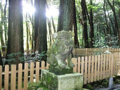 椿大神社の狛犬