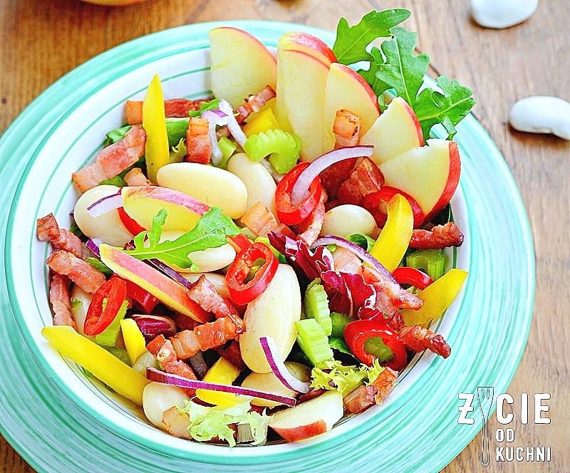 salatka z fasola, fasola piekny jas, jablko lackie, przepisy z malopolski, malopolskie produkty regionalne, malopolska do zjedzenia