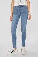jeansi-de-firma-pentru-femei-8