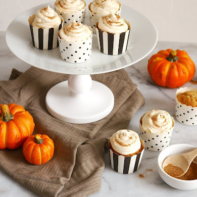 Pumpkin Spice Cupcakes & Easiest Cream Cheese Frosting EVER!