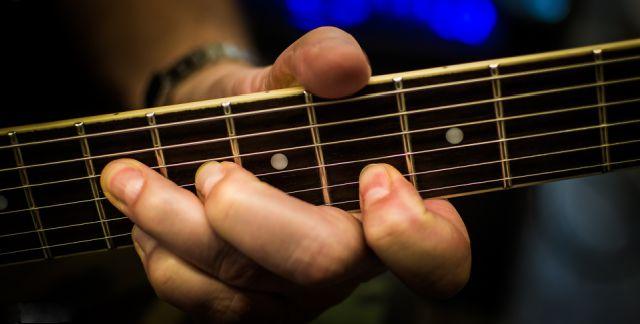 guitarratecnica.com - Praticar, Estudos, Rotinas, e mais...