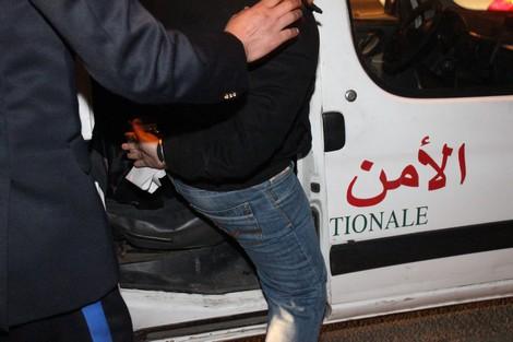 العيون الشرقية: الأمن ينجح في توقيف من ذوي السوابق عن طريق إطلاق رصاصة تحذيرية
