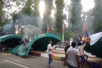 Sidang Pleno Aceh Rayek Karu, Tenda Ji Tot, Geudong DPRK Ji Geulawa Aneuk Batee