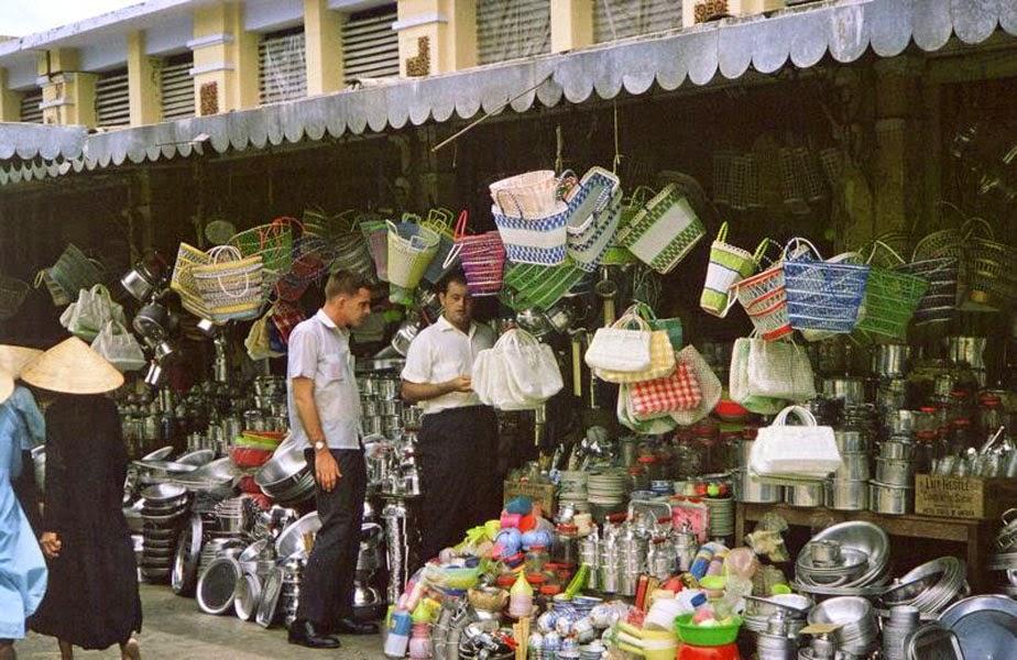 Huế - Đà Nẵng 1962-63 by Ned Scheer