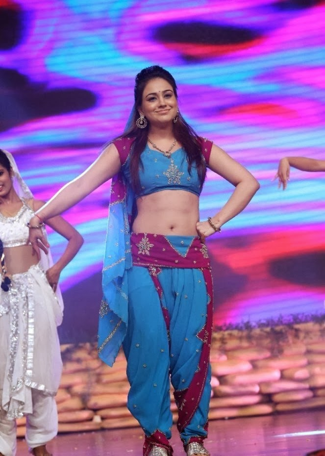 hot and sexy Aksha dancing stills at varna movie audio launch