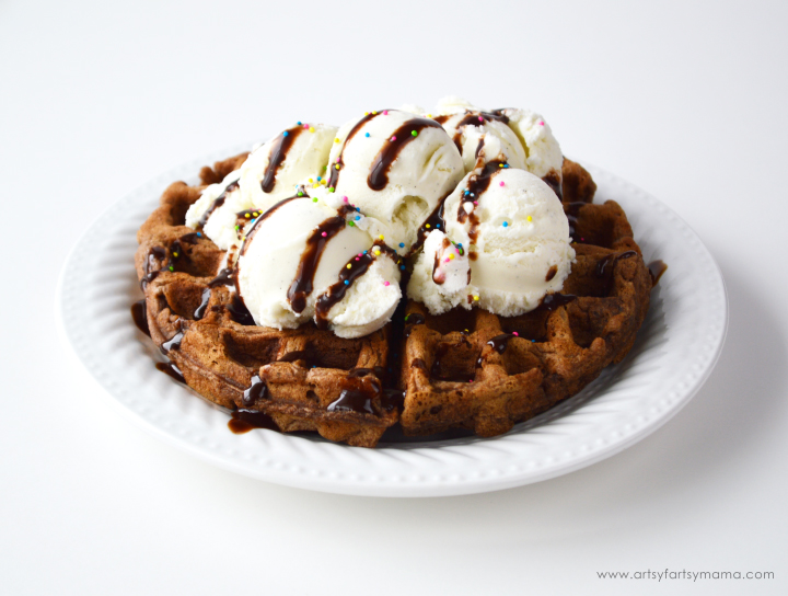 Homemade Chocolate Waffles Recipe at artsyfartsymama.com