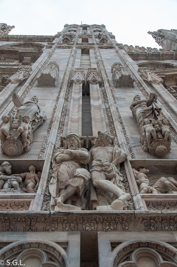 Detalle de la fachada de la catedral de Milan