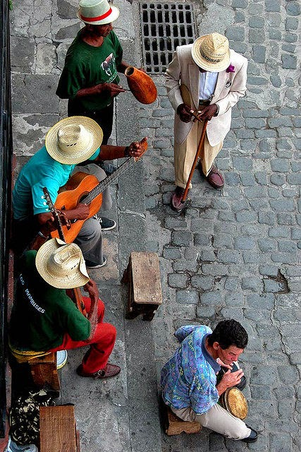 Havana musicians 10 Most Beautiful Island Countries in the World