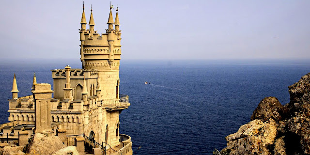 Image Attribute: The file photo of Swallow's Nest, a decorative castle located at Gaspra, a small spa town between Yalta and Alupka, in the Crimean Peninsula (annexed by Russia in 2014) / Source: Pixabay.com