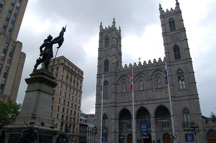 Что посмотреть в Канаде и Базилика Нотр-Дам де Монреаль