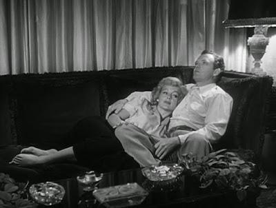 Evelyn Keyes, Van Heflin The Prowler (1951)