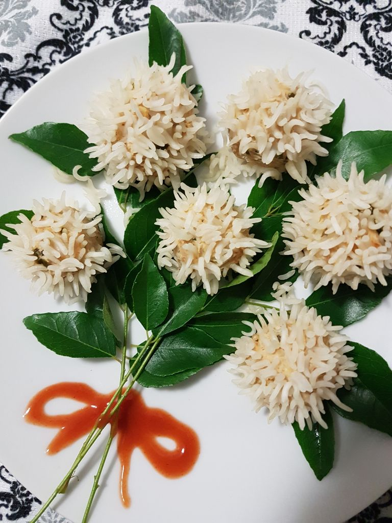 Chicken Flower Dumplings