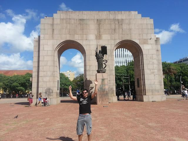 Monumento no Parque Farroupilha - Porto Alegre - Rio Grande do Sul