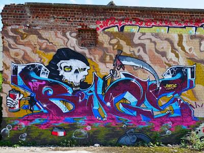 bugs graffiti