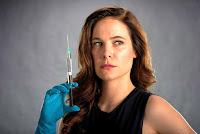 Mary Kills People Caroline Dhavernas Image 9 (12)