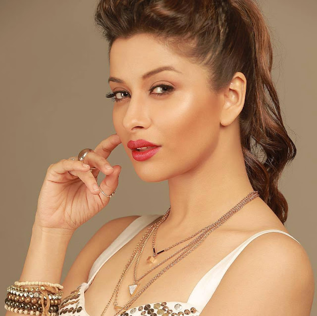 Madhurima-Banerjee-latest-high-quality-photo
