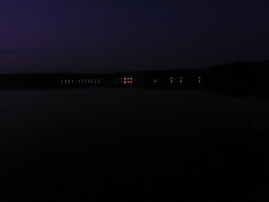 Кемпинг, огни, ночь
