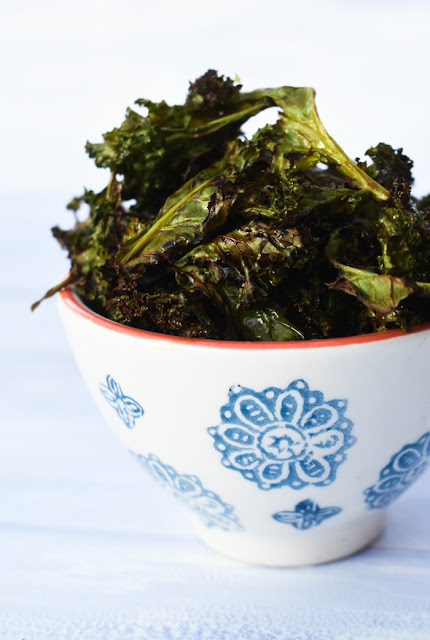 Homemade Salt & Balsamic Vinegar Kale Crisps