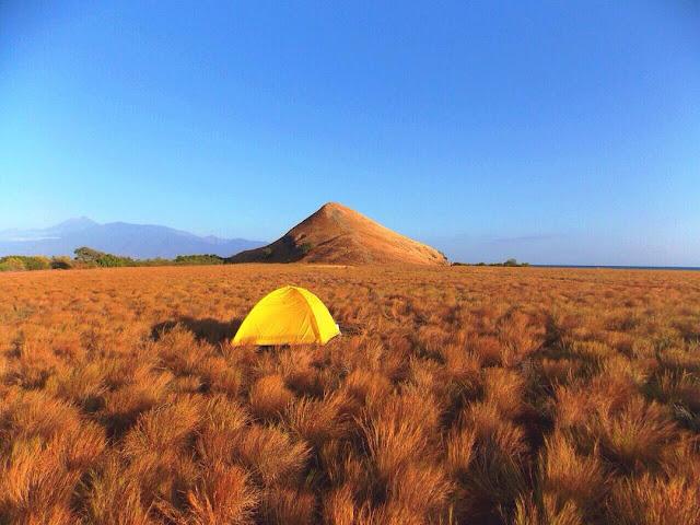foto pemandangan pulau kenawa sumbawa