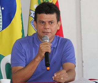 PREFEITO JUNINHO ALVES BUSCA JUNTO À CAERN SOLUÇÃO PARA VAZAMENTO ...