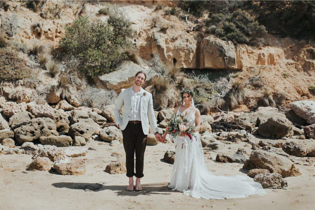 smokey oscar wedding photography melbourne beach boho bride florals barn weddings