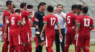 Luis Milla Akui Pemain Timnas Indonesia Kesulitan Hadapi Permainan Fisik