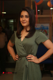 Actress Raashi Khanna Stills in Green Short Dress at Mirchi 95 Suno Aur Mercedes Jeeto Contest  0008