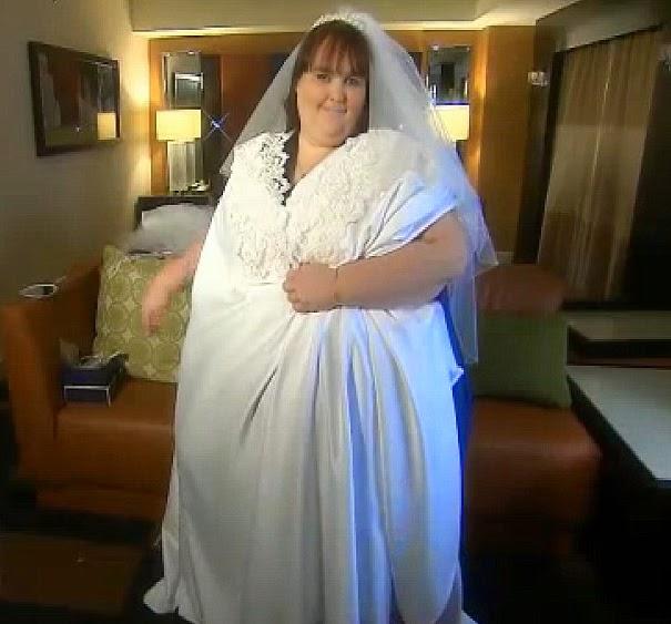 contoh gaun pengantin wanita gemuk